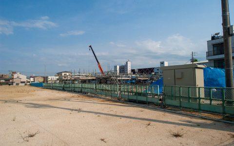 隣接マンション・アルファパーク高松建設中